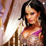 Check out glamorous actress photos, glamorous celebs hot pictures, actresses sexy pictures on FilmiBeat. Pk Songs, Pakistani Songs, Veena Malik, Entertainment Video, Celebs, Celebrities, Beautiful Models, Actress Photos, Bollywood Actress