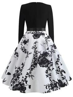 Ribbon Tie Floral Print Flared Dress Source by genevasku Dresses Green Formal Dresses, Cute Prom Dresses, Pretty Dresses, Beautiful Dresses, Casual Dresses, Short Dresses, 50s Dresses, Cheap Dresses, Elegant Dresses