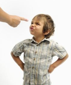 5 quick fixes to childhood behavior problems Positive Behavior Management, Adhd Signs, Adhd Strategies, Raising Teenagers, Kids Behavior, Positive Reinforcement, Aspergers, Parenting Hacks, Positivity