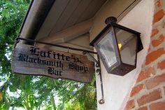 New Orleans - French Quarter: Lafitte's Blacksmith Shop Bar
