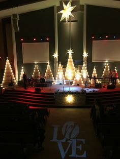 Tightly Treed - Church Stage Design Ideas - Scenic sets and stage design ideas from churches around the globe. Christmas Stage Decorations, Christmas Stage Design, Christmas Party Themes, Church Stage Design, Christmas Program, Church Decorations, Christmas Service, Pallet Christmas Tree, Kirchen