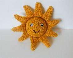 A cute little sun crochet project ~ free pattern