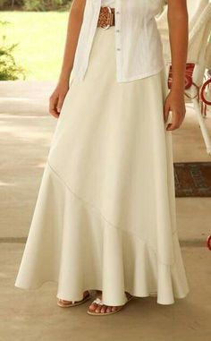 Latest Totally Free sewing dresses mennonite Suggestions Sewing Skirts Gypsy Ideas Ideas Source by tooleycharlott ideas mennonite Gypsy Dresses, Modest Dresses, Modest Outfits, Simple Dresses, Skirt Outfits, Modest Fashion, Pretty Dresses, Fashion Dresses, The Dress