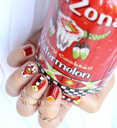 nail-art-arizona-watermelon-paillettes