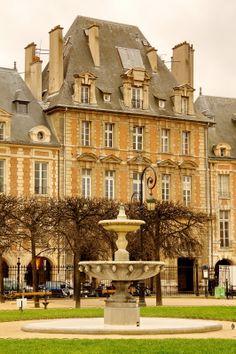 ♛ Place des Vosges ~ Le Marais, Paris IVème