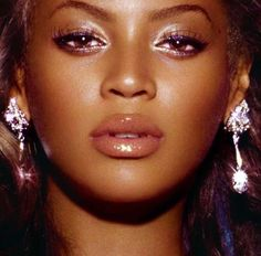 beyonce knowles, queen bey, and beyonce knowles carter image Boujee Aesthetic, Black Girl Aesthetic, Aesthetic Pictures, Makeup Inspo, Beauty Makeup, Eye Makeup, Face Beauty, Divas, Angelina Jolie