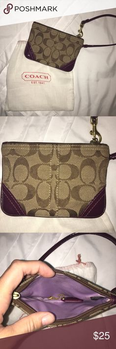 Coach Wristlet This wristlet is in excellent condition! It comes with the dust bag and the little coach keychain tag. Coach Bags Clutches & Wristlets