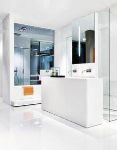 Modulo 30 by Makro, white corian cabinet and integrated washbasin _