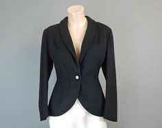 Vintage 1940s Tailored Suit Jacket fits 36 inch bust Black