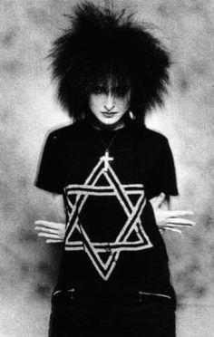 Siouxsie Sioux by Black Magic Woman Siouxsie Sioux, Siouxsie & The Banshees, 80s Goth, Punk Goth, Goth Art, Danielle Dax, Goth Music, Black Magic Woman, New Romantics