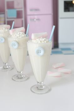 Vanilla & Banana Milkshake https://www.facebook.com/hotel.niebieski