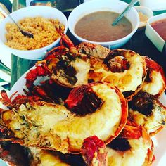 The best place on west coast to eat lobster and seafood is Puerto Nuevo! #RosaritoBeach #BajaCalifornia Photo by exploreand_bite