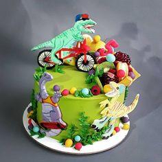 "9 To se mi líbí, 0 komentářů – Sladká Chaloupka (@sladka_chaloupka) na Instagramu: ""Rozverní dinosauři #dortdinosaurus #dinodort #dortprokluka #detskydort #dinocake #cakeforboys…"" Cake, Desserts, Food, Pie Cake, Tailgate Desserts, Pie, Deserts, Cakes, Essen"