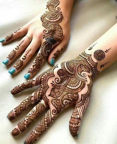 People having interest in fashion are much inclined towards the mehndi designs. If you are among beginners and love to try out different mehndi patterns and motifs then these easy mehndi designs are just perfect for you. Simple Arabic Mehndi Designs, Indian Mehndi Designs, Mehndi Designs 2018, Mehndi Designs For Beginners, Modern Mehndi Designs, Mehndi Design Pictures, Mehndi Designs For Fingers, Mehndi Simple, Beautiful Mehndi Design