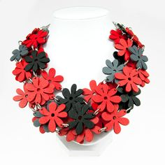 Necklace with wooden flowersromanticC482gift for