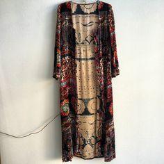 Vintage velvet dress made in India Boho Gypsy, Bohemian Style, Boho Chic, Love Fashion, Fashion Outfits, Womens Fashion, Blazers, Textiles, Fashion Killa