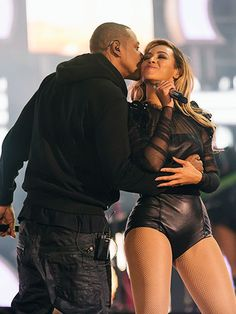 WAS THERE FOR THIS- Beyonce and Jay Z #love #PDA #cute