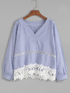 Shop Blue Vertical Striped V Neck Contrast Crochet Hem Blouse online. SheIn offers Blue Vertical Striped V Neck Contrast Crochet Hem Blouse & more to fit your fashionable needs. Blouse Styles, Blouse Designs, Relaxed Outfit, Mode Top, Blouse Models, Stripped Dress, Budget Fashion, Korean Fashion, Casual Dresses