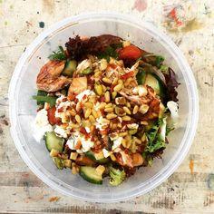 Kaunis lounas. #anujatalo #salad #lunch #artstudent