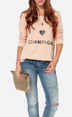 Up your selfie game with the Chaser I Heart Champagne Peach Sweater; This peach sweater has a shiny front design. Chic Outfits, Fashion Outfits, Womens Fashion, Vintage Band Tees, Elegant Chic, Style Guides, Shirt Style, What To Wear, Style Inspiration