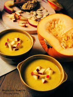PIERNIKOWA CHATA: Pikantna zupa z dyni