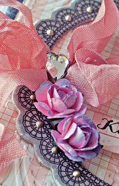 ćwiek serduszko Burlap Wreath, Valentines Day, Scrapbooking, Wreaths, Decor, Valentine's Day Diy, Decoration, Door Wreaths, Burlap Garland