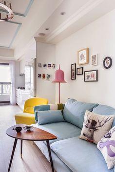 modern design apartment - happy home - moooi lamp pink - blue sofa