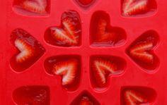 Strawberry Jello Hearts @CA Strawberries #StrawberryRed http://bit.ly/1lHIX0E #spon
