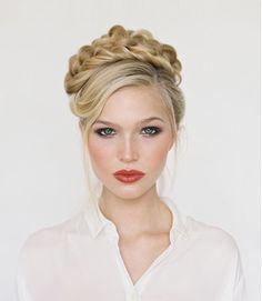 25 coiffures de fête qui changent du chignon | Glamour