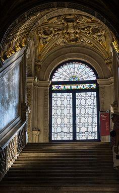 doges palace interior | Doge's Palace Entrance, Venice