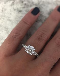Love this simple graduated diamond band
