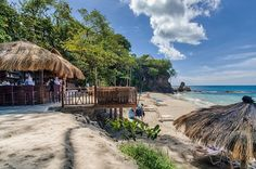 Naked Fisherman Beach Bar & Grill in St Lucia