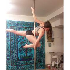 Pole Dance Track runner Erin I'nama