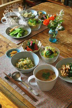なんとなく中華風ランチ Wine Recipes, Asian Recipes, Cooking Recipes, Healthy Recipes, Japanese Dishes, Japanese Food, Food Flatlay, B Food, Balanced Meals