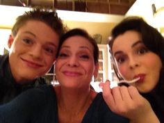Vanessa Marano, Constance Marie and Sean Berdy Emmett Bledsoe, Sean Berdy, Constance Marie, Vanessa Marano, Star Gossip, Switched At Birth, Sign Language, Losing Her, Fan Girl