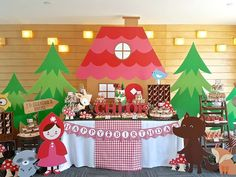 Red Riding Hood in the woods Birthday Party Ideas | Photo 1 of 18
