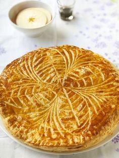 Galette des rois à la frangipane - Recette de cuisine Marmiton : une recette