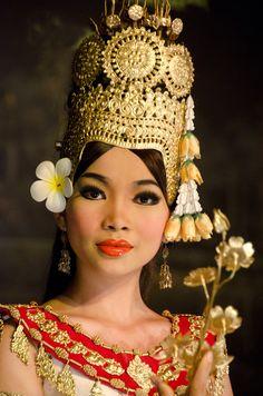 Dancer in Cambodia