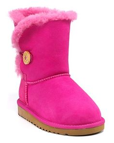 Pink Uggs - yeah, I think the girls need these!!!
