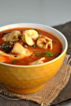 Tortellini Soup with Italian Sausage and Spinach + Weekly Menu – Prevention RD