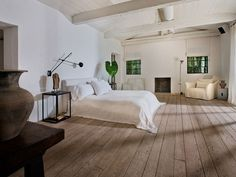 Calvin Klein's Miami beach home | archdigest.com