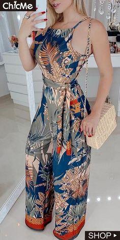 Tropical Print Spaghetti Strap Jumpsuit in 2020 Look Fashion, Hijab Fashion, Fashion Dresses, Womens Fashion, Long Jumpsuits, Jumpsuits For Women, African Fashion, Stylish Outfits, Bikinis
