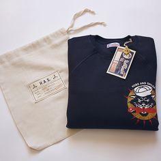 Has Sweatshirt - 25 Cool T-shirt Packaging Design Examples