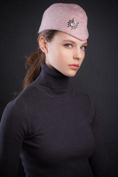 www.facebook.com/pages/Exist/1447677918783854 Пилотка из твида Exist фото: Мария Мартынова модель: Вика Кудрявцева