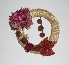 Wreath decorated with ruby hydrangea  wall decor by Ghirlandiamo