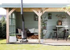 GARDEN HOUSE lounge area with outdoor fireplace for the colder summer evenings Rustic Outdoor Spaces, Home And Garden, Garden Inspiration, Exterior, Little Gardens, Garden Design, Outdoor Fireplace, Diy Pergola, Outdoor Decor