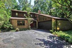 8 Foxanna Drive  Hershey, PA 17033 Beds: 4, Baths: 3.5, Sq Feet: 3,522 http://www.cbsp.com/dloving/Property/PA/17033/Hershey/8_FOXANNA_DRIVE