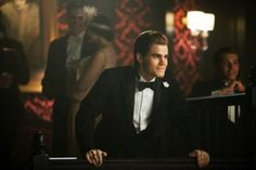 Paul Wesley hot pic - Paul Wesley sexy photo - Paul Wesley in The Vampire Diaries picture #11 of 143