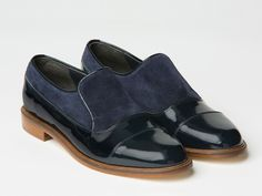 Willa shoes in navy from Meandher