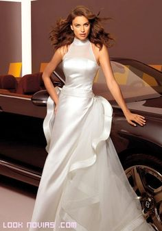 Irina Shayk for Alessandro Angelozzi Couture could totally see this as a wedding dress! Irina Shayk, Cheap Wedding Dresses Uk, Cheap Dresses, Bridal Gowns, Wedding Gowns, Evening Dresses, Prom Dresses, Beauty And Fashion, High Fashion